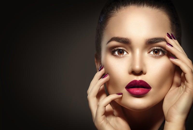 Woman with distinct eyebrows